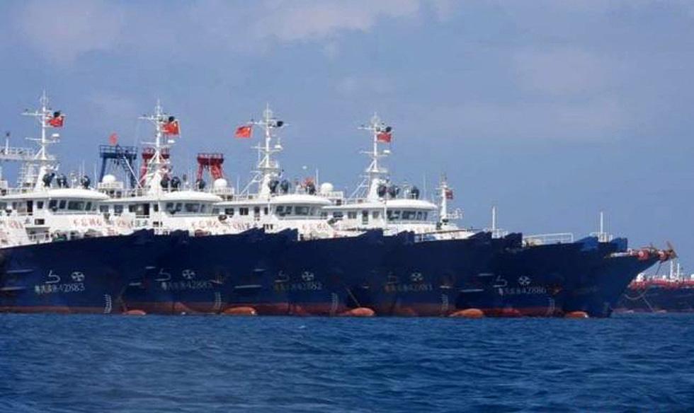 Cận cảnh đội hình tàu Trung Quốc tại Đá Ba Đầu - Ảnh 6.