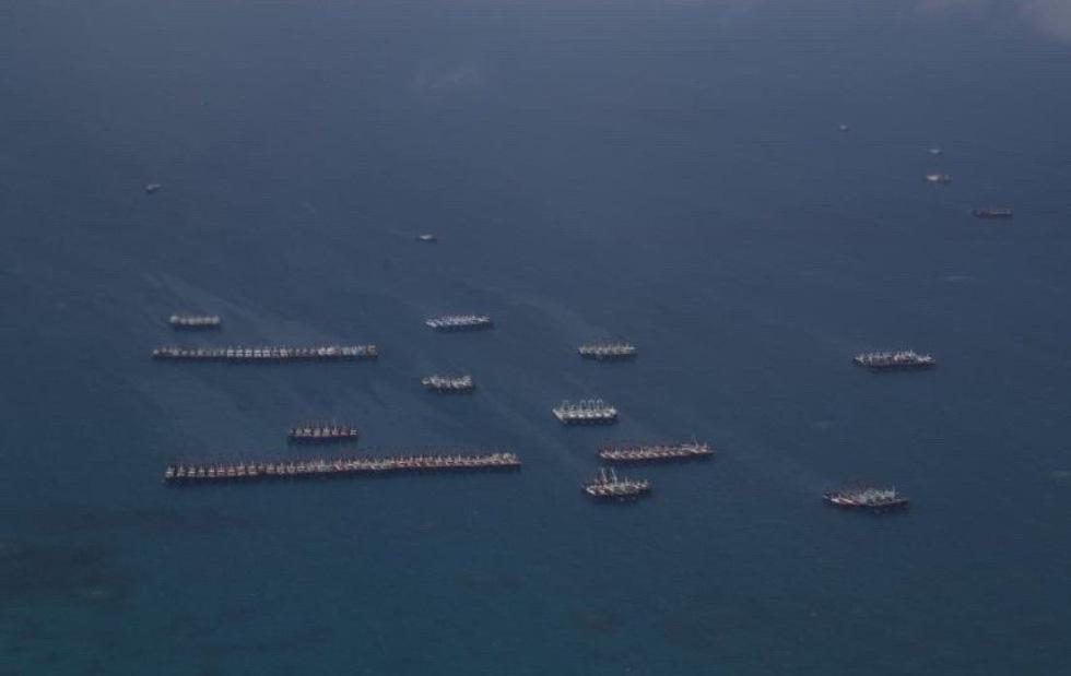 Cận cảnh đội hình tàu Trung Quốc tại Đá Ba Đầu - Ảnh 5.