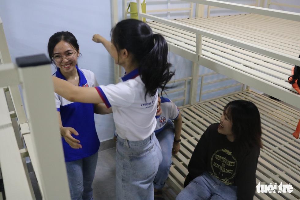 Ngôi nhà hạnh phúc cho nữ sinh viên khó khăn - Ảnh 7.
