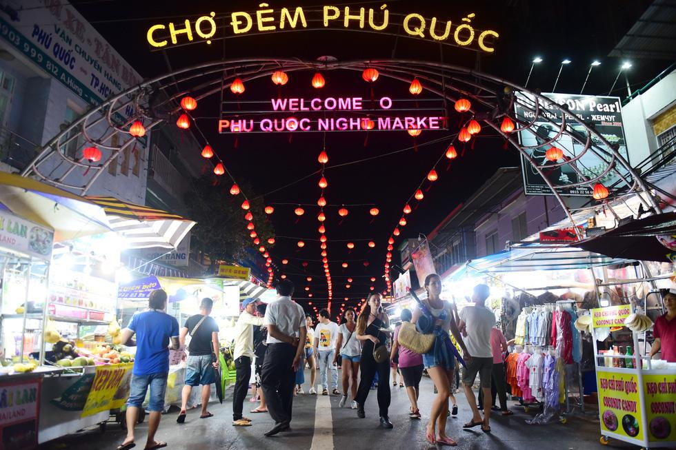 Du lịch Việt Nam bàn cách mở cửa đón khách quốc tế - Ảnh 3.