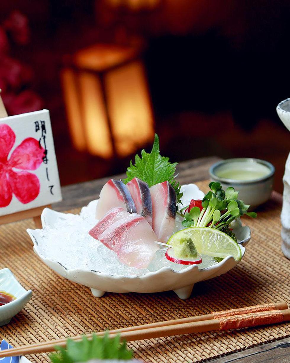 Ba loại cá nổi tiếng trong 'ngôi chợ trăm tuổi ở Fukuoka - Ảnh 1.