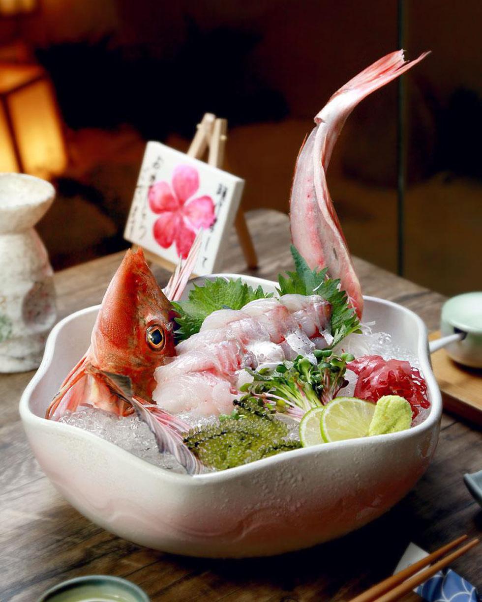 Ba loại cá nổi tiếng trong 'ngôi chợ trăm tuổi ở Fukuoka - Ảnh 4.