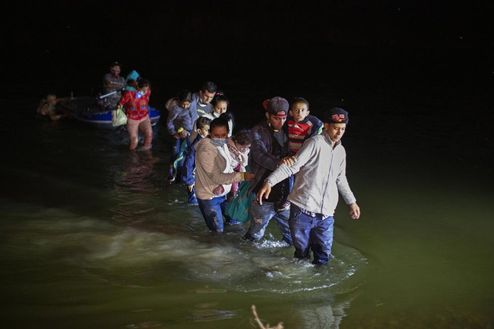 Hàng ngàn trẻ em Trung Mỹ, Mexico không người lớn kèm đang vượt biên sang Mỹ - Ảnh 5.