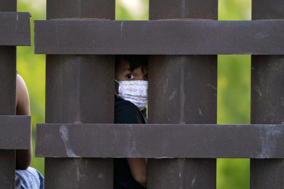 Hàng ngàn trẻ em Trung Mỹ, Mexico không người lớn kèm đang vượt biên sang Mỹ - Ảnh 8.