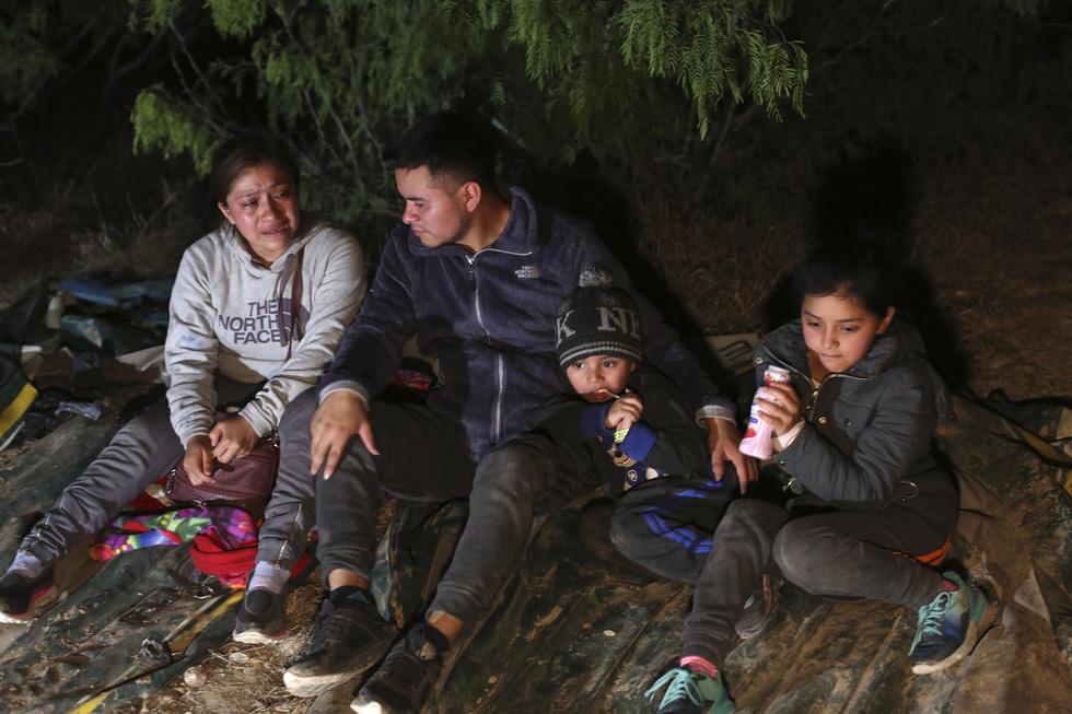 Hàng ngàn trẻ em Trung Mỹ, Mexico không người lớn kèm đang vượt biên sang Mỹ - Ảnh 11.