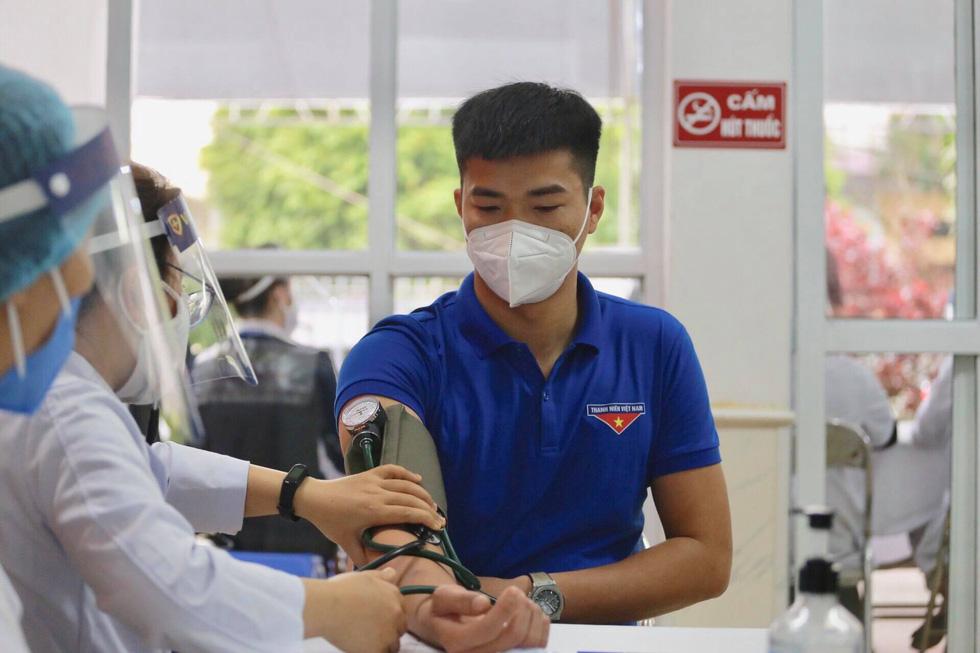 Sáng nay 8-3 Việt Nam tiêm vắc xin ngừa COVID-19 ở TP.HCM, Hà Nội và Hải Dương - Ảnh 11.