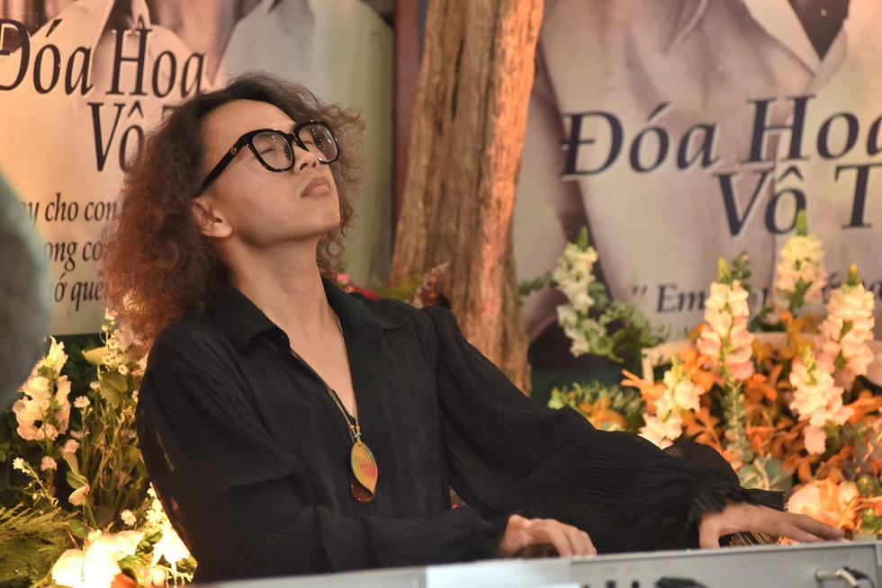 Hồng Nhung, Quang Dũng, Lân Nhã, Cẩm Vân hát ở ngôi nhà Trịnh Công Sơn từng sống - Ảnh 10.
