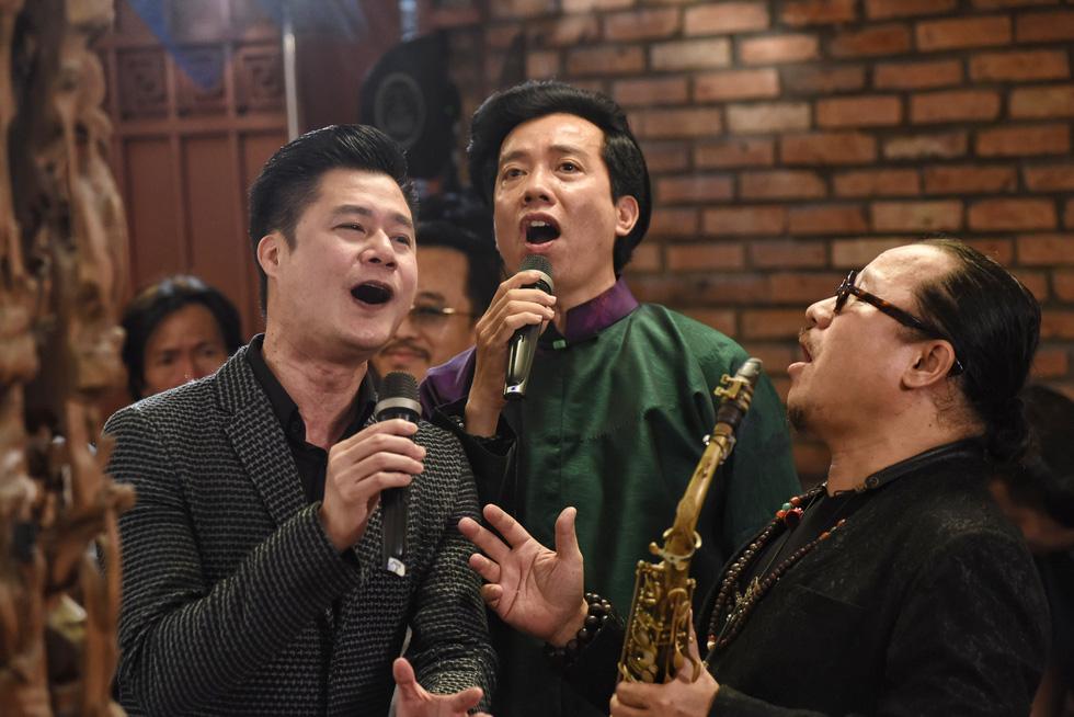Hồng Nhung, Quang Dũng, Lân Nhã, Cẩm Vân hát ở ngôi nhà Trịnh Công Sơn từng sống - Ảnh 9.
