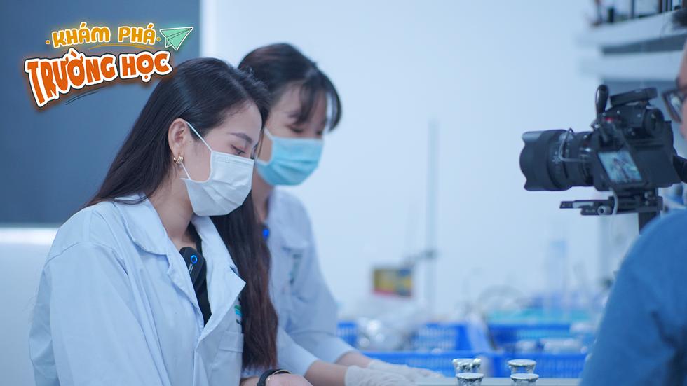 19h tối nay 2-4, Khám phá trường học 2021 phát sóng ĐH Văn Lang - Ảnh 3.