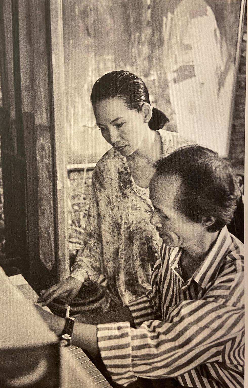 1.000 ảnh và hiện vật quý về Trịnh Công Sơn lần đầu tiên công bố sau 26 năm - Ảnh 8.