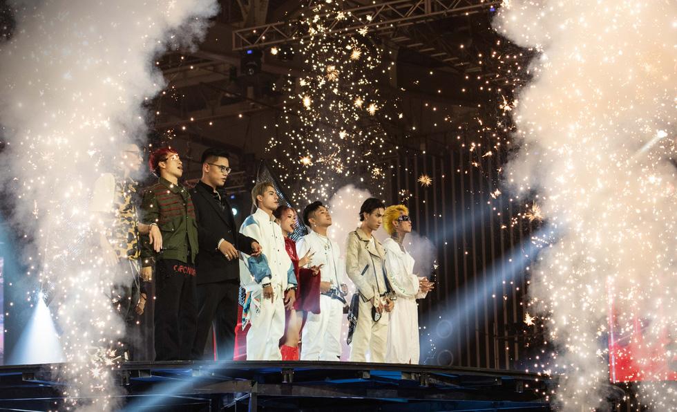 Rap Việt All-Star: Liên hoan hoành tráng hơn là concert cho một chặng đường - Ảnh 6.