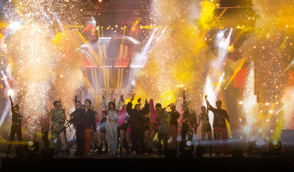 Rap Việt All-Star: Liên hoan hoành tráng hơn là concert cho một chặng đường - Ảnh 1.