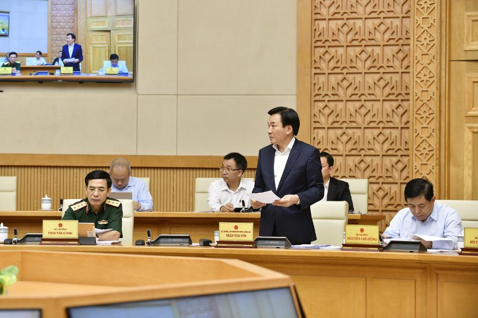 Chùm ảnh Thủ tướng Phạm Minh Chính chủ trì phiên họp Chính phủ - Ảnh 4.