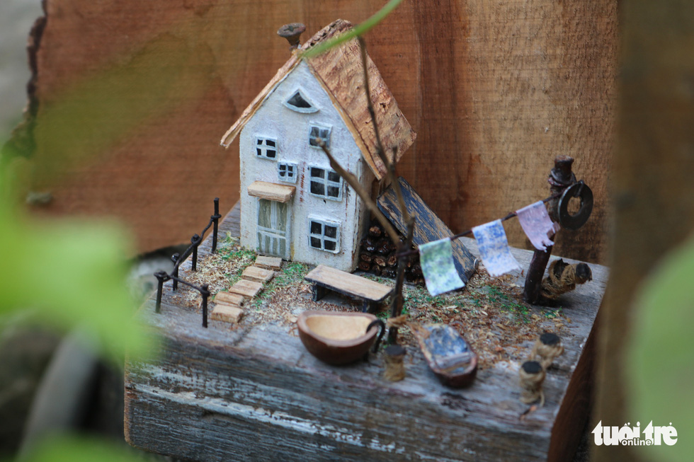 Chàng trai 9X nhặt gỗ vụn, kiếm tiền từ mô hình nhà mini siêu cưng - Ảnh 8.