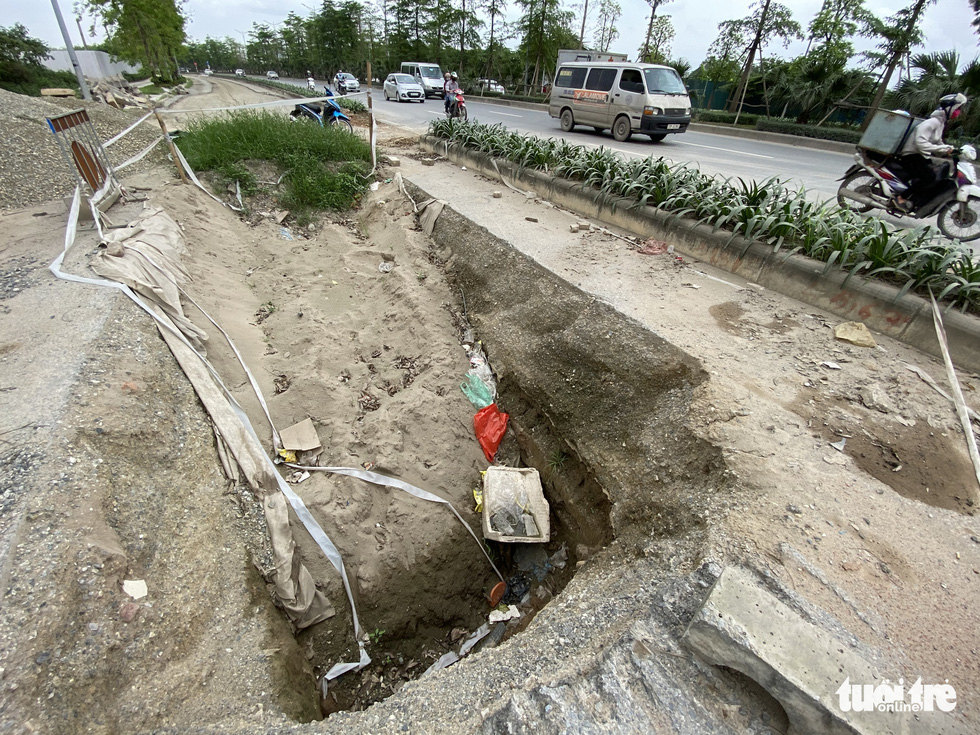 Dự án BT đại lộ Chu Văn An dở dang nhiều năm giờ lột lên làm lại - Ảnh 4.