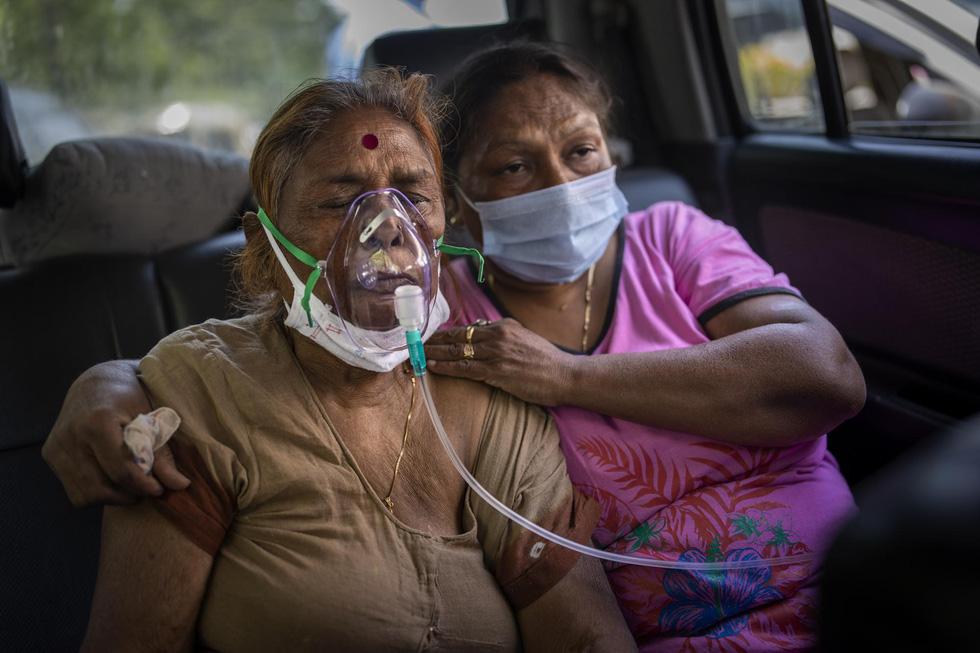 Chùm ảnh hiện thực dịch bệnh kinh hoàng ở Ấn Độ, mỗi đống củi là một bệnh nhân - Ảnh 6.