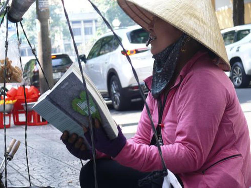 Trao giải sáng tác ảnh Tuổi xanh: Ngắm những khoảnh khắc tinh khôi cùng sách - Ảnh 10.