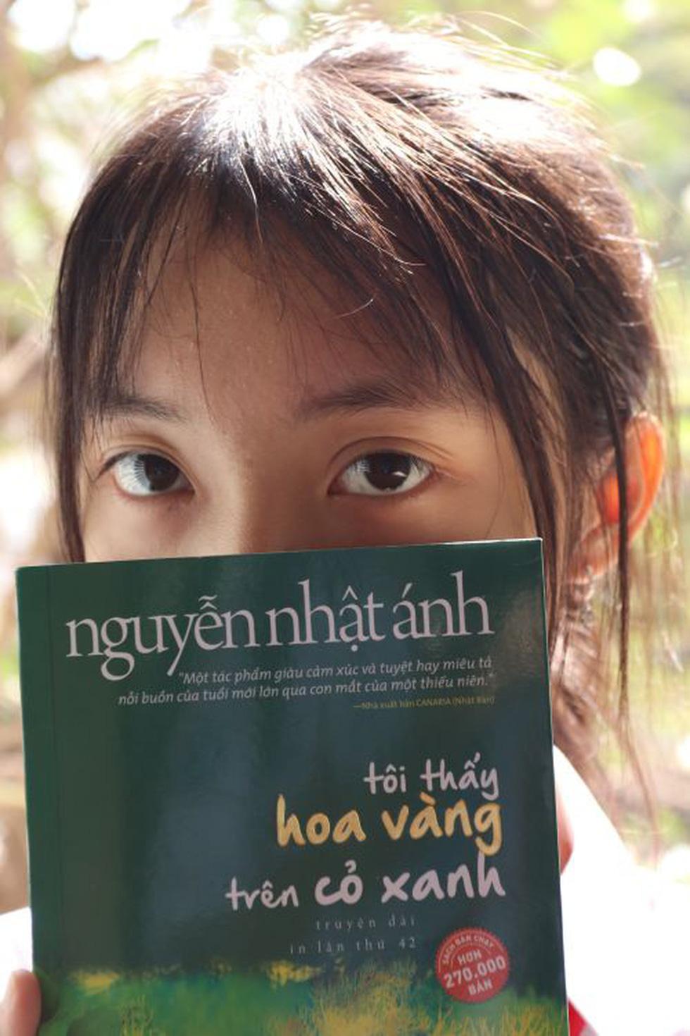 Trao giải sáng tác ảnh Tuổi xanh: Ngắm những khoảnh khắc tinh khôi cùng sách - Ảnh 9.