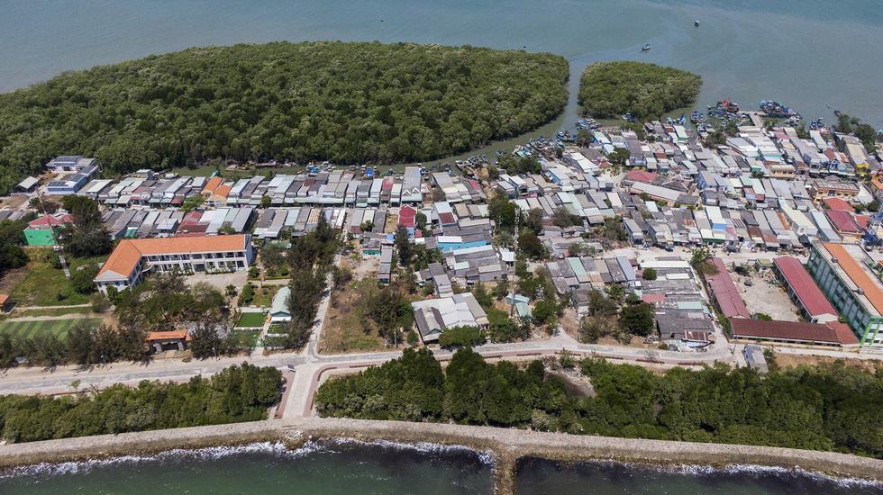 Thạnh An thành xã đảo sau hàng chục năm chờ đợi - Ảnh 3.