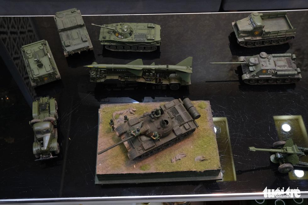 Choáng với mô hình cực kỳ chất mô tả khí tài quân sự tham gia chiến dịch Hồ Chí Minh - Ảnh 4.