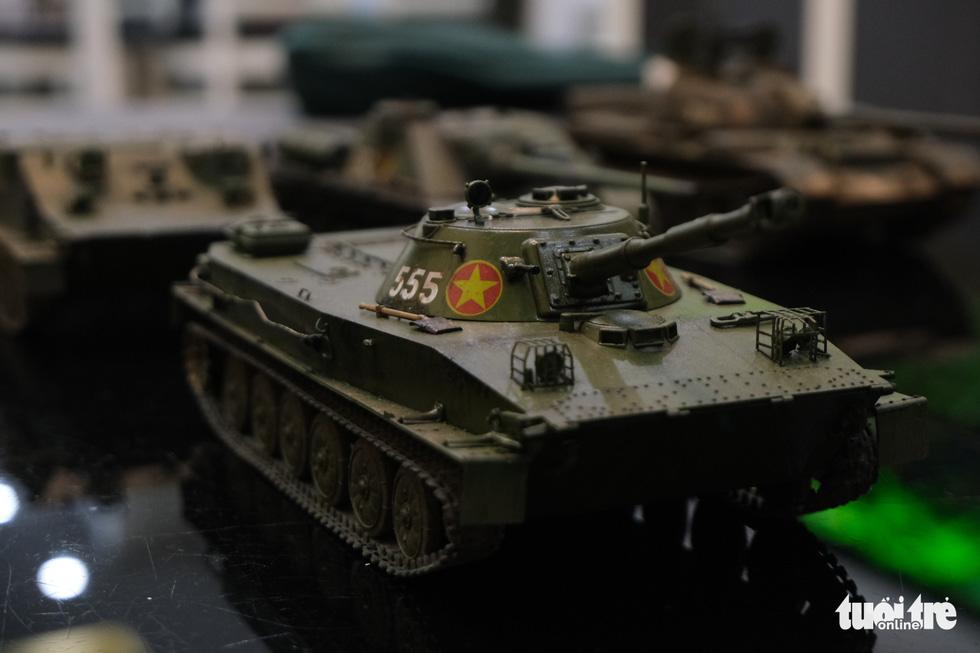 Choáng với mô hình cực kỳ chất mô tả khí tài quân sự tham gia chiến dịch Hồ Chí Minh - Ảnh 7.