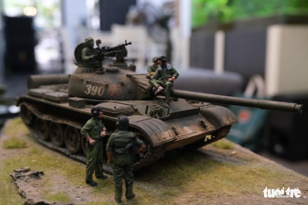 Choáng với mô hình cực kỳ chất mô tả khí tài quân sự tham gia chiến dịch Hồ Chí Minh - Ảnh 1.