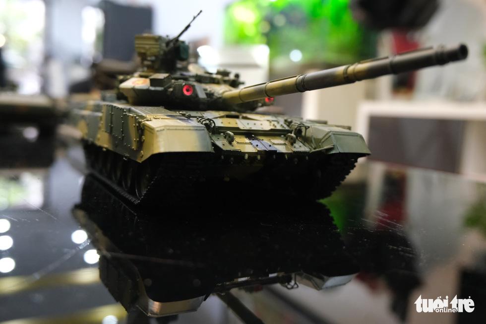 Choáng với mô hình cực kỳ chất mô tả khí tài quân sự tham gia chiến dịch Hồ Chí Minh - Ảnh 9.