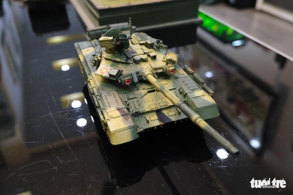 Choáng với mô hình cực kỳ chất mô tả khí tài quân sự tham gia chiến dịch Hồ Chí Minh - Ảnh 10.
