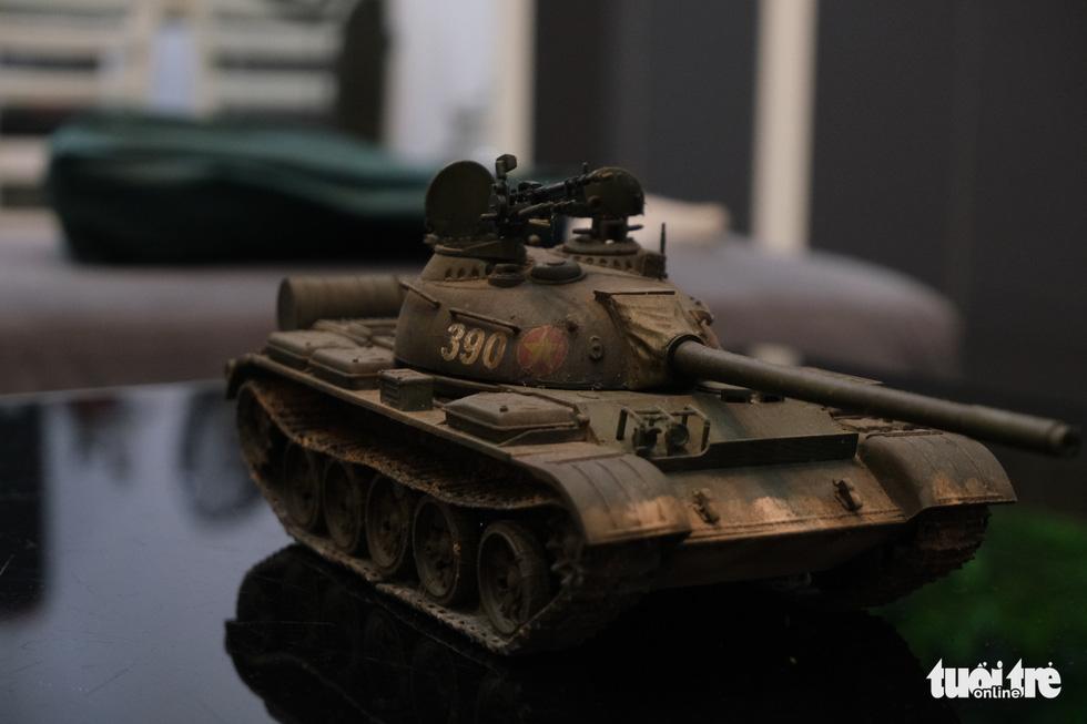 Choáng với mô hình cực kỳ chất mô tả khí tài quân sự tham gia chiến dịch Hồ Chí Minh - Ảnh 2.