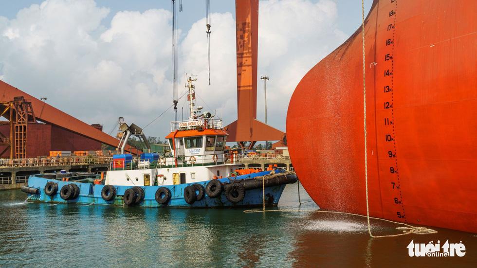 Độ tàu dầu hạng khủng thế giới ở Việt Nam - Ảnh 2.