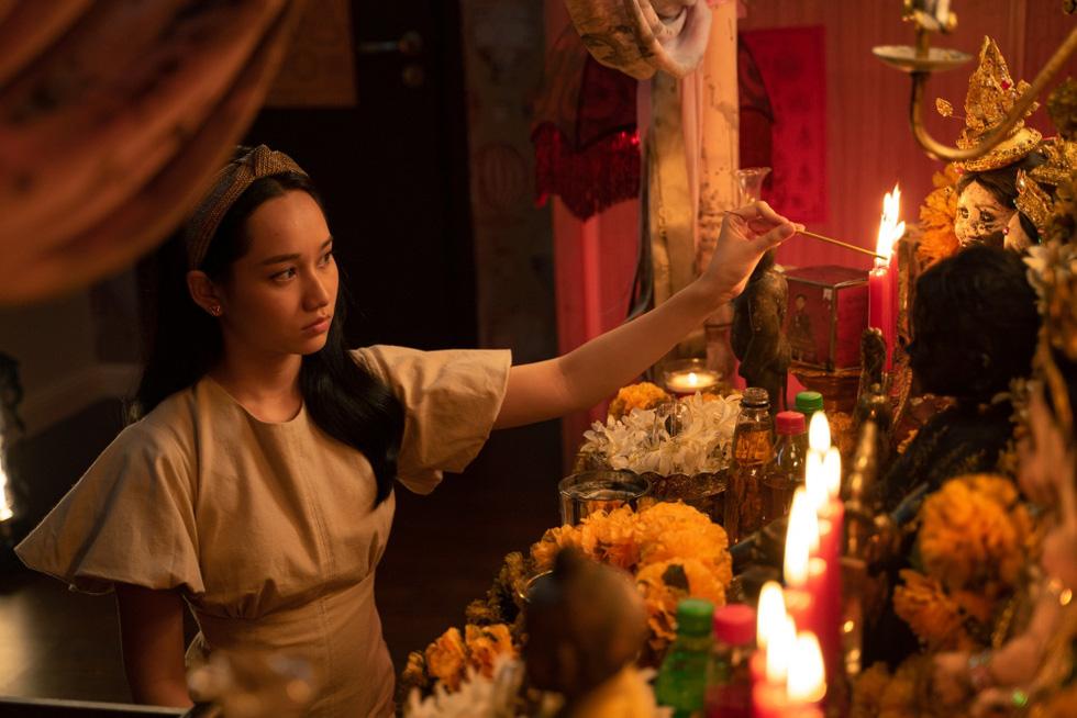 Thiên thần hộ mệnh của Victor Vũ: Hình ảnh đẹp không cứu được kịch bản nhiều sạn - Ảnh 3.