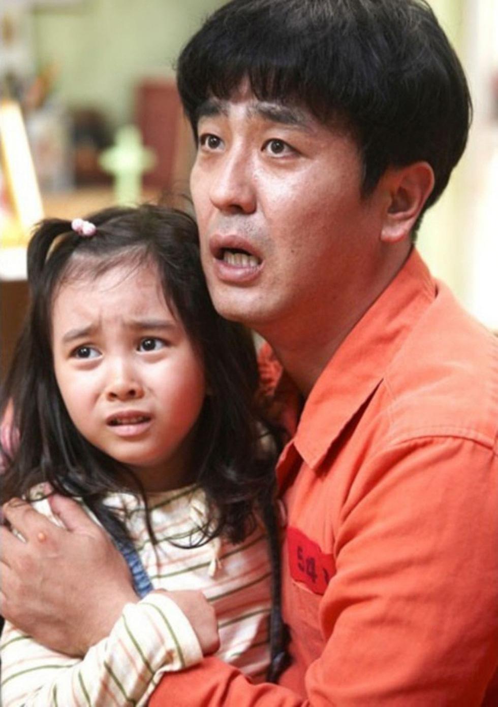 Đàn ông Hàn dữ dội trong điện ảnh: Hình tượng người cha và vị thế quốc gia - Ảnh 2.
