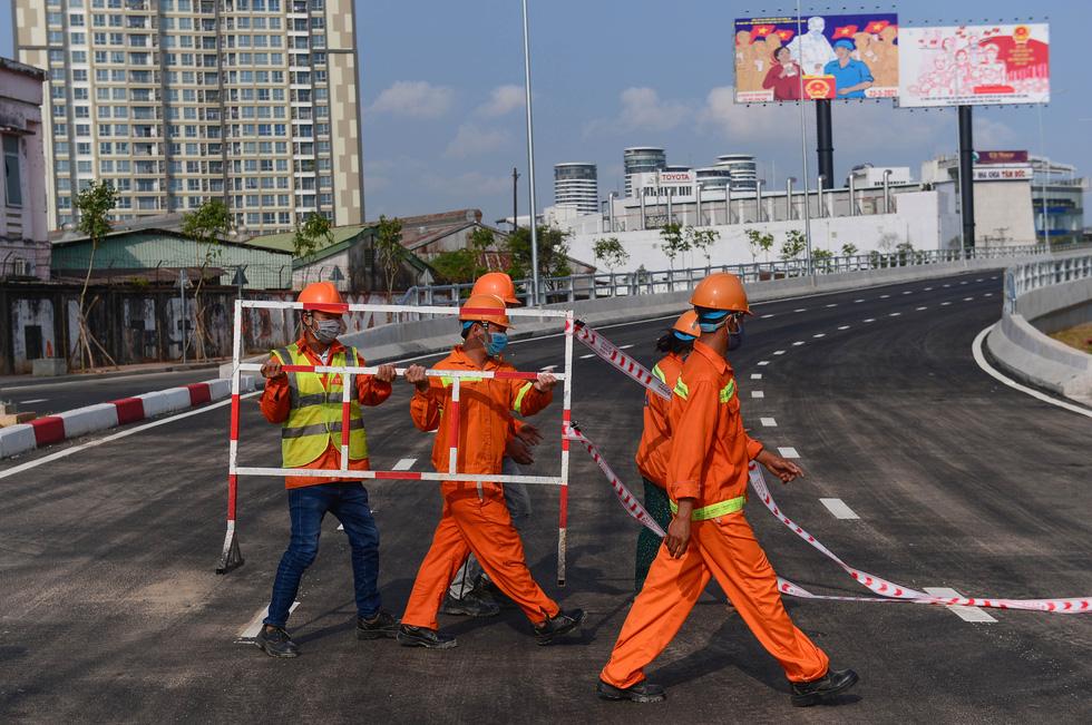 Thông xe đường Nguyễn Hữu Cảnh, hoàn thành nâng cấp 'rốn ngập' của TP.HCM - Ảnh 3.