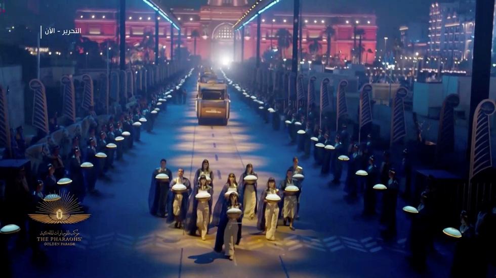 Cuộc diễu hành vàng của các Pharaoh Ai Cập - Ảnh 4.