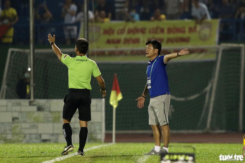 Tiến Linh ghi bàn thắng thứ 41 trong màu áo B.Bình Dương - Ảnh 9.