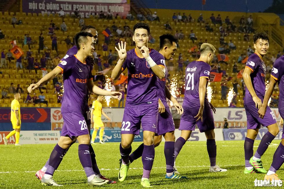 Tiến Linh ghi bàn thắng thứ 41 trong màu áo B.Bình Dương - Ảnh 4.