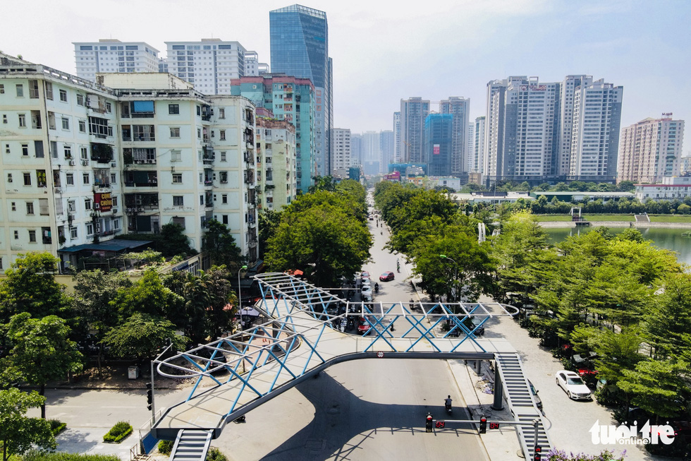 The beautiful Y-shaped pedestrian bridge in Hanoi is about to be inaugurated - Photo 5.