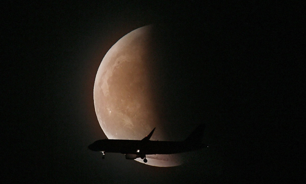 Thưởng thức siêu trăng máu khắp thế giới 10 năm mới có 1 lần - Ảnh 7.