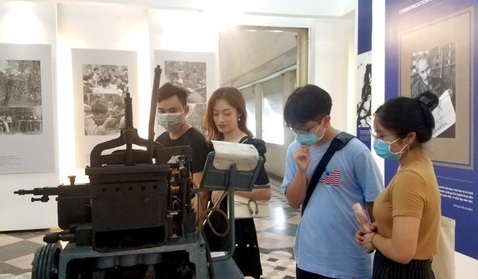 Hiện vật bảo tàng kể chuyện truyền thông trong chiến tranh - Ảnh 1.