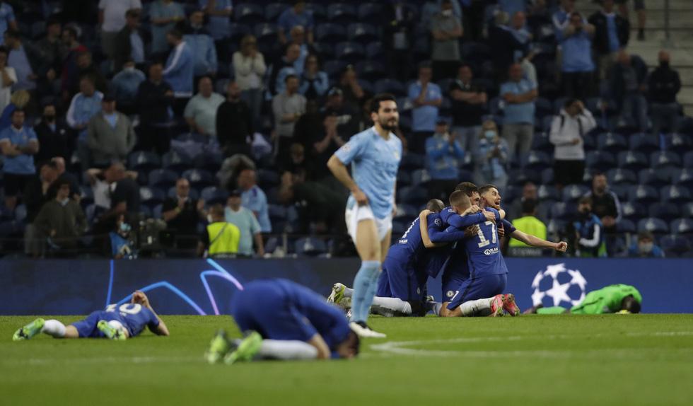 De Bruyne khóc nức nở khi phải rời sân vì chấn thương trong trận chung kết - Ảnh 7.