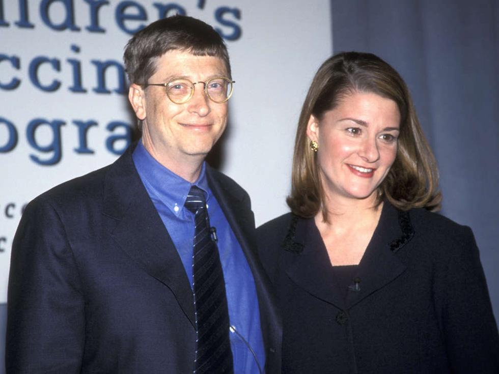 Cùng rửa chén mỗi tối và các cột mốc 27 năm hôn nhân nhà Bill Gates - Ảnh 2.
