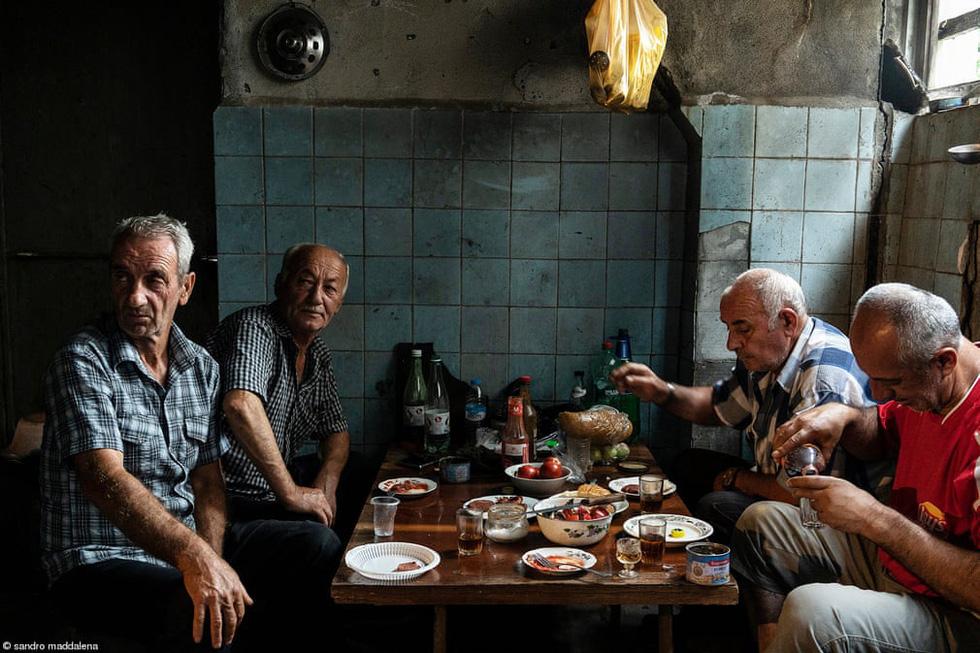 Nhịp sống văn hóa ẩm thực Việt Nam nổi bật qua giải ảnh Pink Lady Food Photography - Ảnh 12.