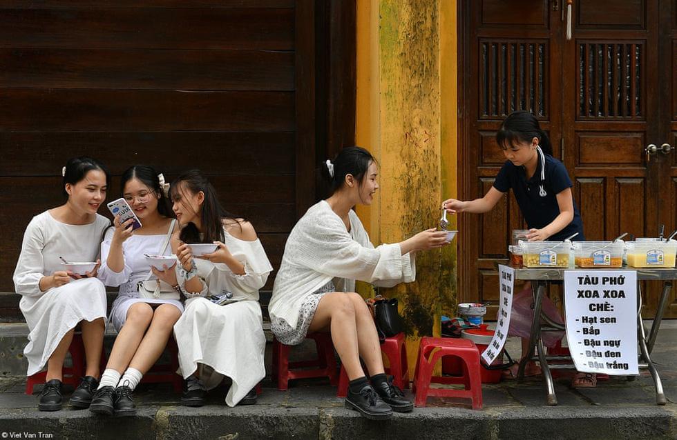 Nhịp sống văn hóa ẩm thực Việt Nam nổi bật qua giải ảnh Pink Lady Food Photography - Ảnh 2.