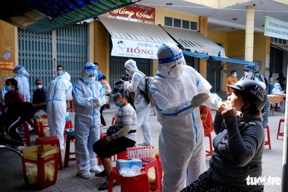 Đà Nẵng xét nghiệm diện rộng chợ Phước Mỹ và Cẩm Lệ liên quan nữ nhân viên massage - Ảnh 6.