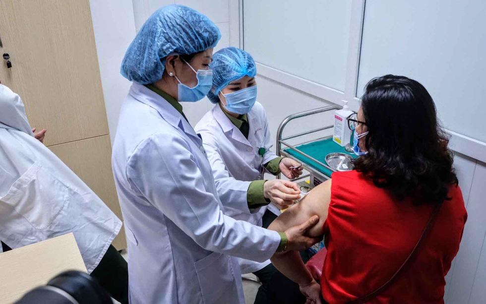 Bỏ bản quyền vắc xin COVID-19: Việt Nam có cơ hội lớn - Ảnh 2.