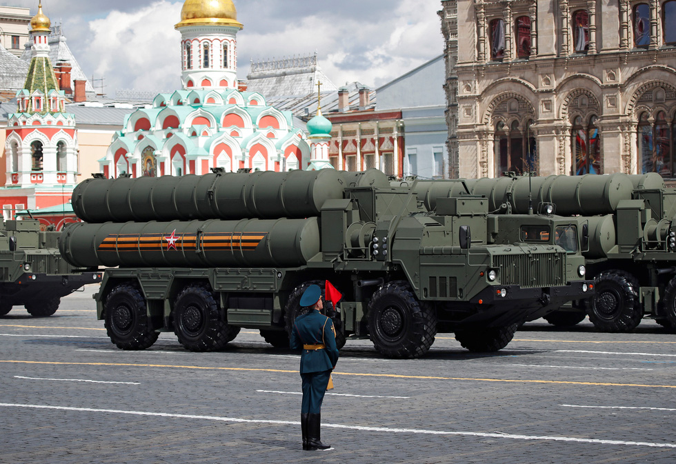 Diễu binh Ngày Chiến thắng ở hàng chục thành phố của Nga - Ảnh 6.