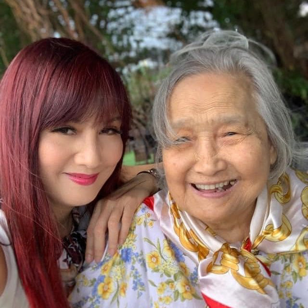 Ho Ngoc Ha, Dong Nhi ... send love to her mother on 'Mother's Day' - Photo 3.
