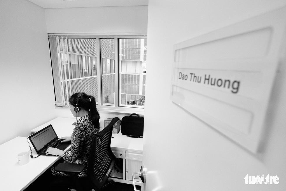 Cô gái khiếm thị Việt Nam đầu tiên làm việc cho UNDP: Nhắc chuyện buồn hoài chán lắm! - Ảnh 2.