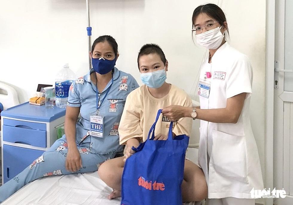 Tết thiếu nhi của bệnh nhi ở 10 bệnh viện: Ôi, con mèo này xịn lắm đó - Ảnh 13.