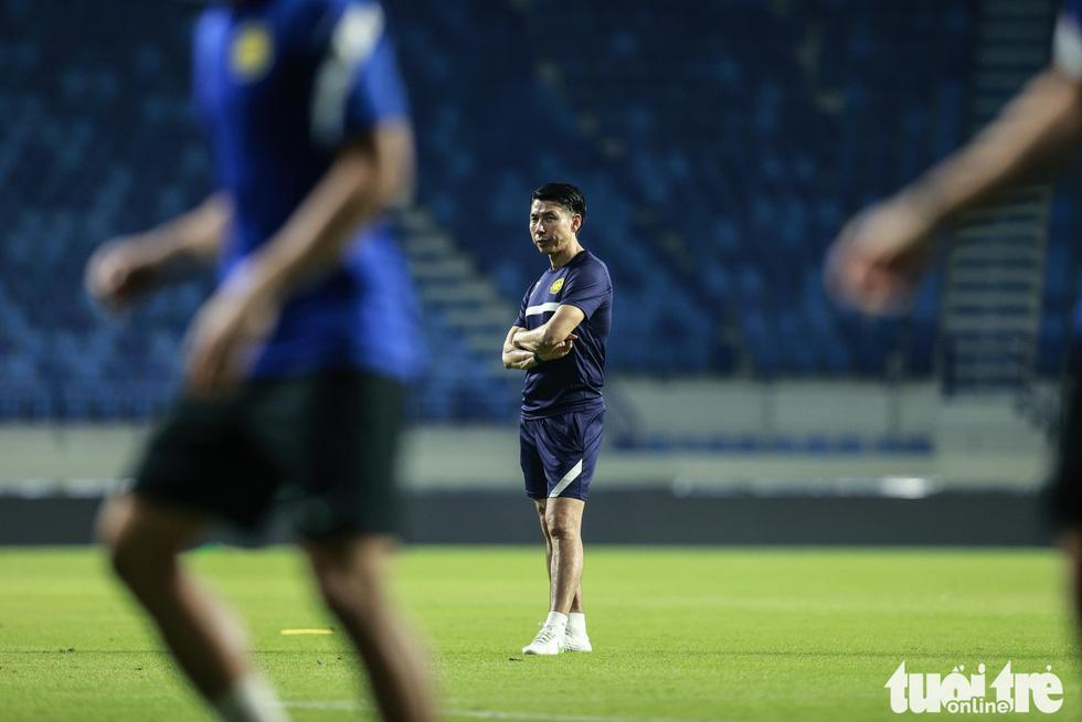 Nhìn Malaysia tập cứ ngỡ một đội bóng châu Âu - Ảnh 4.